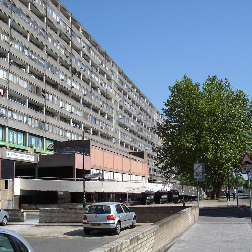 //uistudio.co.uk/wp-content/uploads/2018/01/2326_Aylesbury-Estate_Image_860x860.jpg